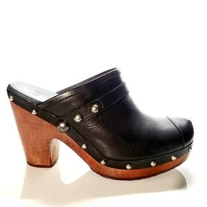 UGG Jolene Black Leather Clogs Style 3208 Size 8